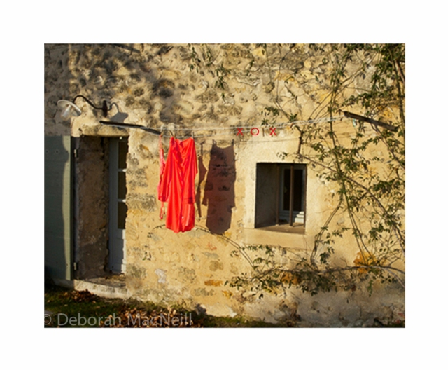 Valentine - laundry