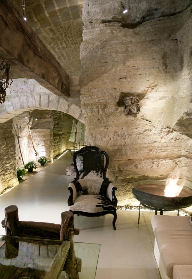 Fire bowl cave dwelling JS BLOG DSC03358.jpg